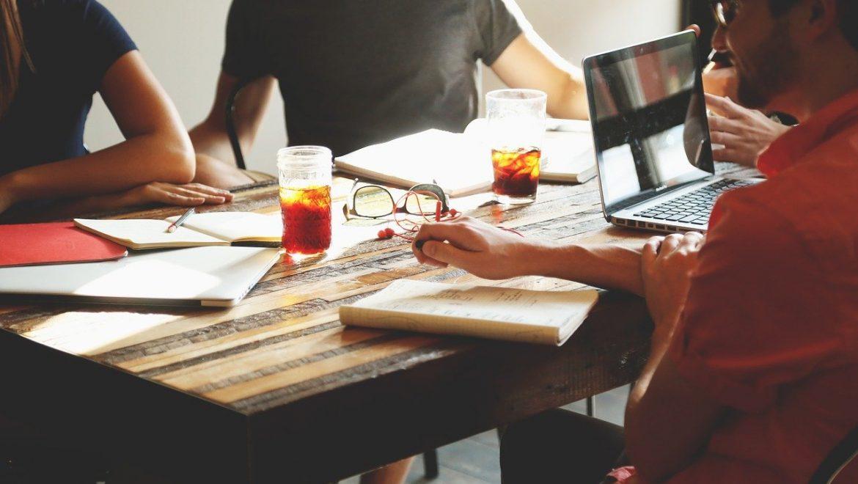 האם עדיף לעבוד ממשרד פרטי או ממתחם עבודה משותף?